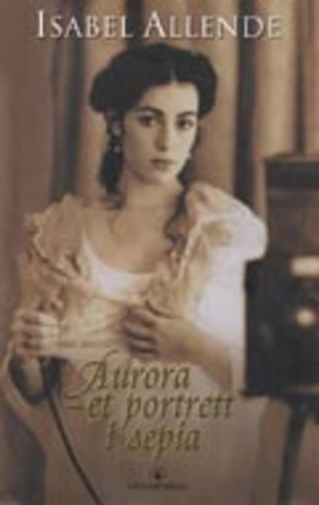 Aurora : et portrett i sepia